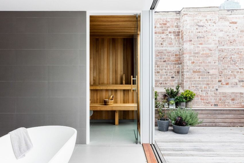 Bathhouse: projects of impressive and stylish tandems