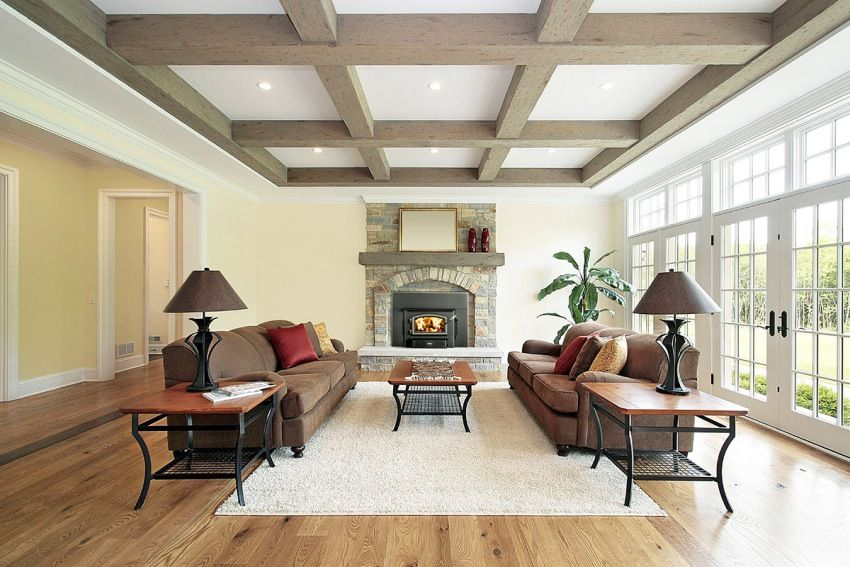 Wooden ceiling in the house: the choice of quality plating and technology arrangement