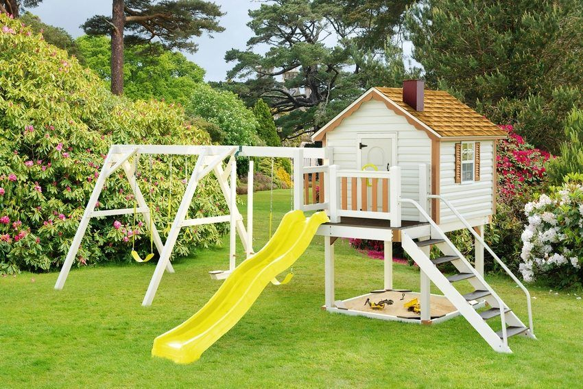 Children's slide with their own hands: recommendations for creating structures