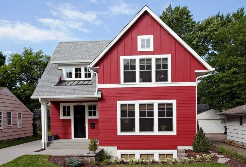 Houses covered with siding. Photo finishing options