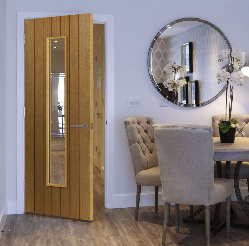 Doors from the array: the nobility of nature in a modern interior