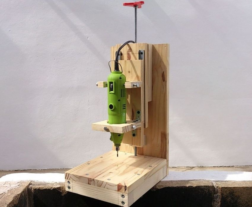 DIY wood milling machine: step by step manufacturing technology