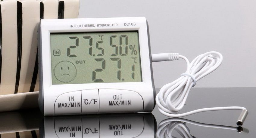 Electronic thermometer with remote sensor: features and benefits