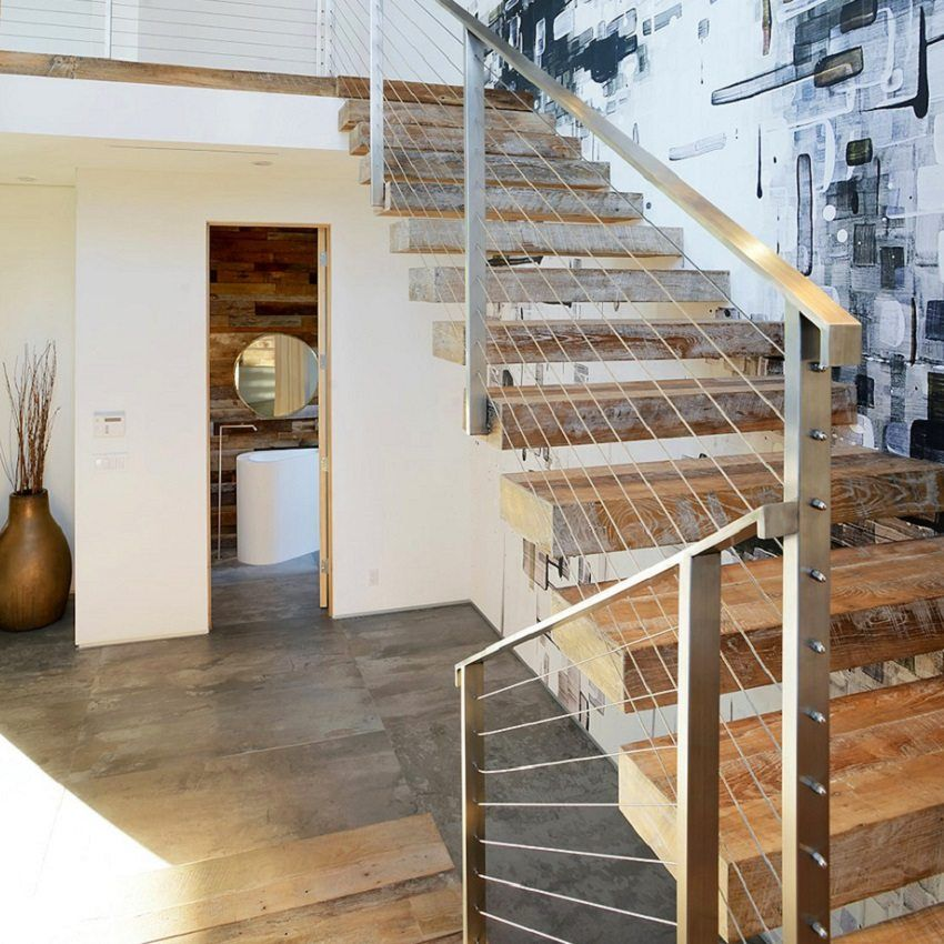 Stairs to the second floor in a private house with their own hands. Ladder design