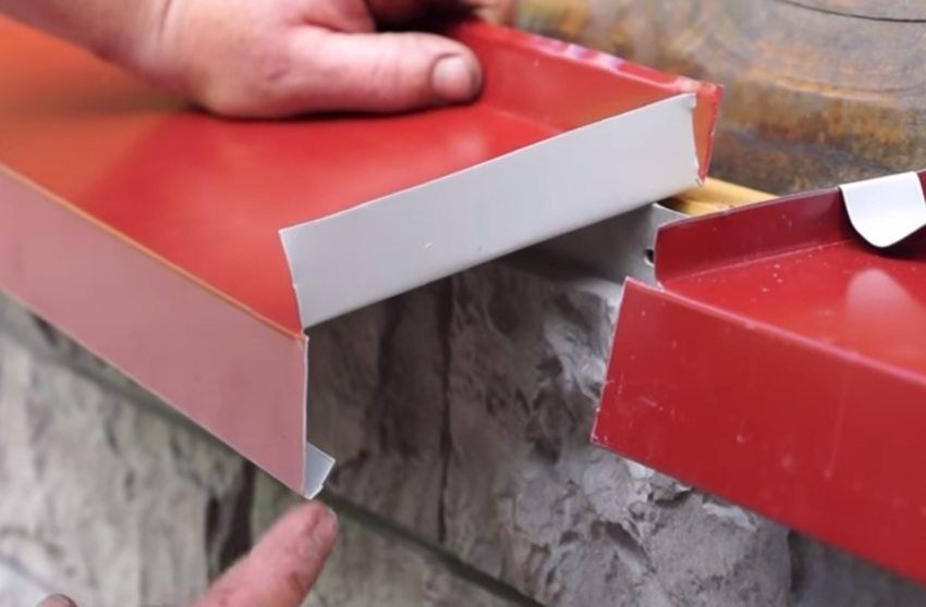 Ebb for the basement plinth: features of choice and installation
