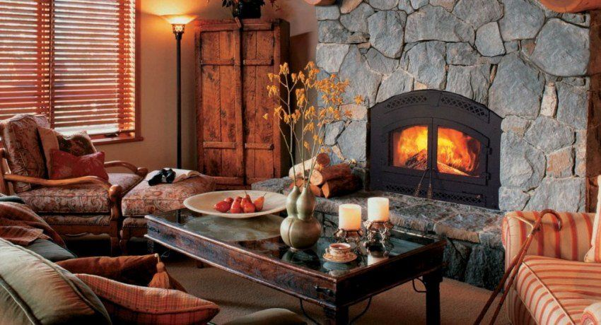 The furnace fireplace for giving long burning: we create heat and a cosiness in a country house