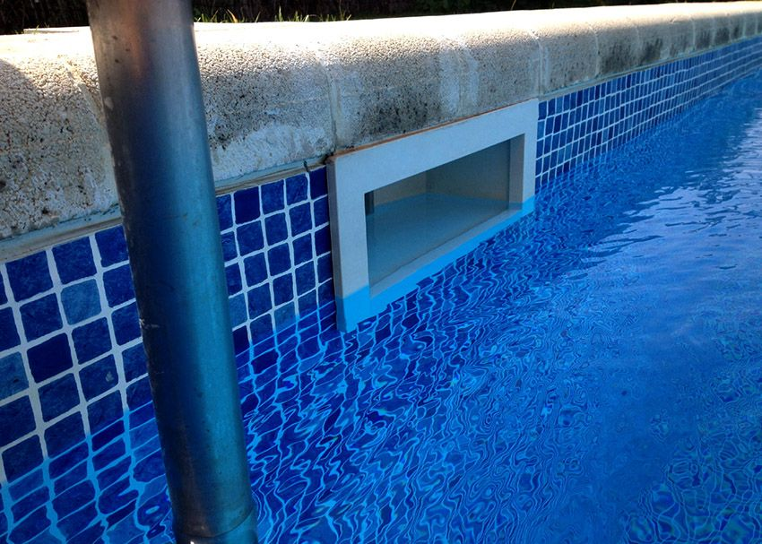 PVC film for the pool: selection criteria and features of mounting material