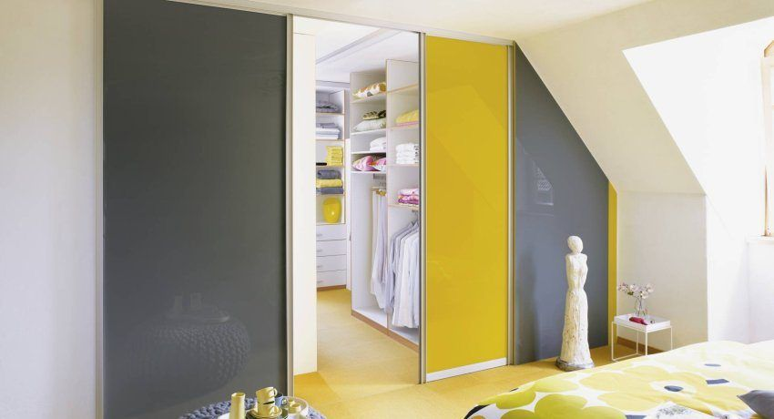 Sliding doors for a dressing room: an overview of comfortable and stylish designs