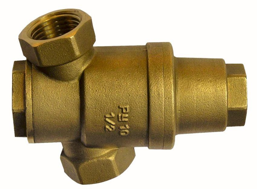 Water pressure regulator in the water supply system: optimization of the water supply system