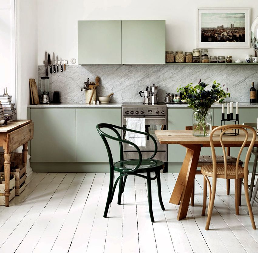 Dining table for the kitchen: the role in the interior and the criteria for a successful choice