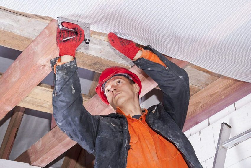 Warming the ceiling in a house with a cold roof: common methods