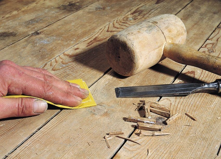 Video: how to put a laminate on a wooden floor with their own hands, instructions and tips